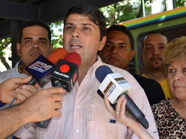 Alejandro Vivas 21 de agosto 2013.1.jpg