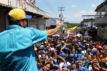 Capriles: Nuestra lucha es para sacar a los responsables de ...