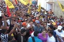 Capriles: Maduro quiere un país en crisis, nosotros un país ...