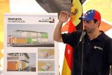 Capriles: Mientras este Gobierno se preocupa por Siria, en V...