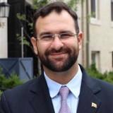 Brian Fincheltub: Embajada ofrece servicios consulares y ate...