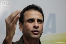Henrique Capriles: Tú también estás siendo perseguido