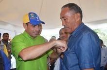 Capriles anunció inclusión de cultores y sus familiares al p...