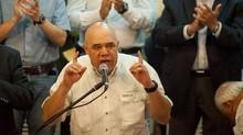 """Torrealba: """"Si el Gobierno no tiene solución, que no ag..."""