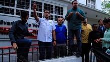 Diputados sellaron simbólicamente la Defensoría del Pueblo