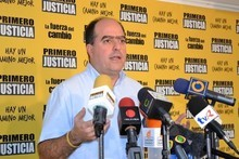 Julio Borges cuestiona éxito del viaje de Maduro a China