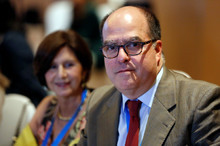 Julio Borges felicitó al presidente electo de Ecuador, Guill...
