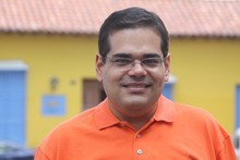 Luis Eduardo Manzano: Siempre la culpa es de otro