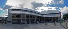 Capriles entregó mercado Plaza Los Teques a 500 trabajadores...