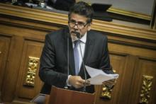 Diputados de Primero Justicia clausuraron el Banco Central d...