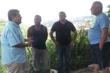 Candidatos a concejales de la MUD visitaron el barrio San Is...