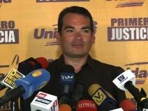 Tomás Guanipa rechaza detención de periodistas en adyacencia...