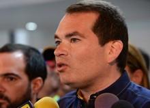 Tomás Guanipa denuncia que gobierno Maduro impide que se inv...