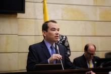 "Tomás Guanipa repudió acto del régimen en Caracas: ""Usan din..."