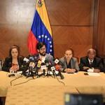 Comisión Especial de Seguimiento a la Ayuda Humanitaria pres...