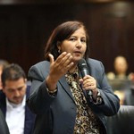Dinorah Figuera denunció mercado negro de vacunas
