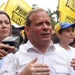Juan Pablo Guanipa afirmó que reconversión monetaria no serv...