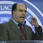 """Julio Borges: Maduro con esta farsa de """"mega elección&q..."""